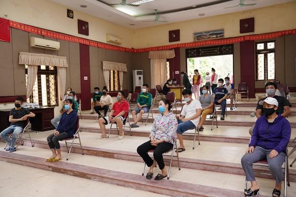 500 công nhân, tiểu thương phải xét nghiệm sàng lọc Covid-19 ảnh 10