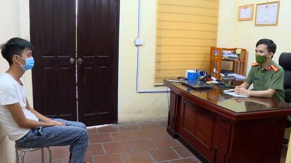 Bắc Ninh: Triệt phá đường dây làm giả giấy xét nghiệm Covid-19, bán với giá 500.000 đồng ảnh 1