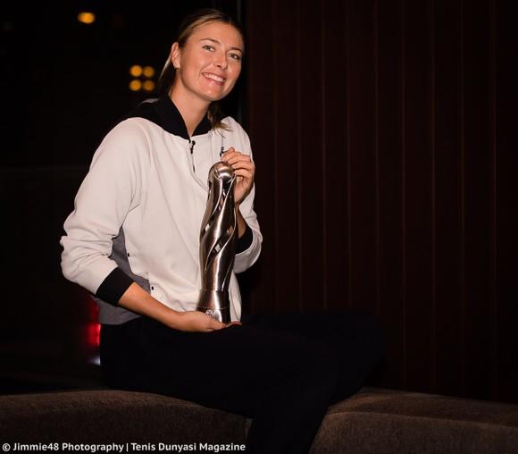 Sharapova đã nhận được 11 suất wild-card trong mùa