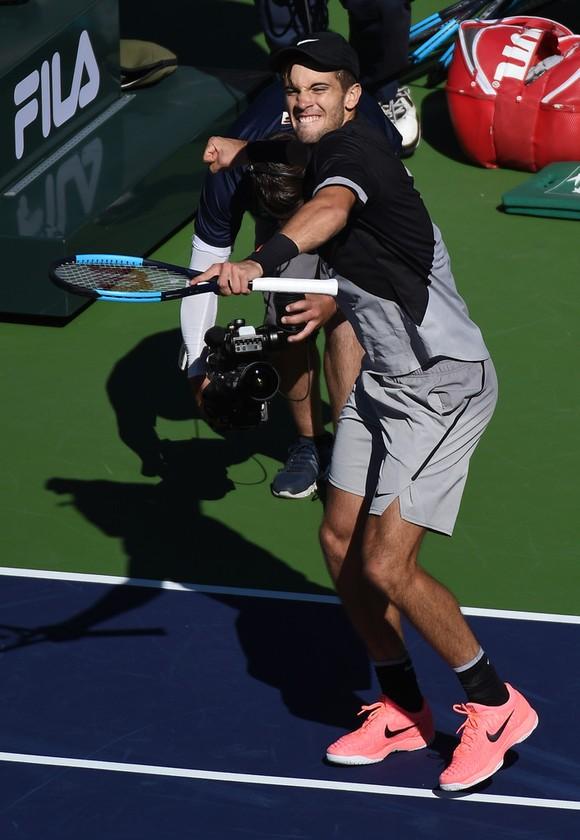 Indian Wells 2018: Toàn thắng trận thứ 16, Federer giữ ngôi Nhà vua ảnh 3
