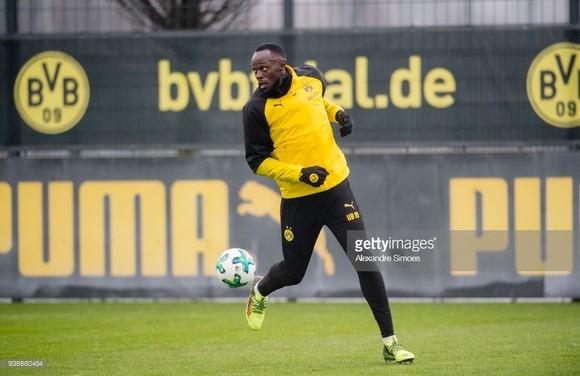 Usain Bolt: Đang tập luyện cùng Borussia Dortmund trong ngày hôm nay ảnh 8