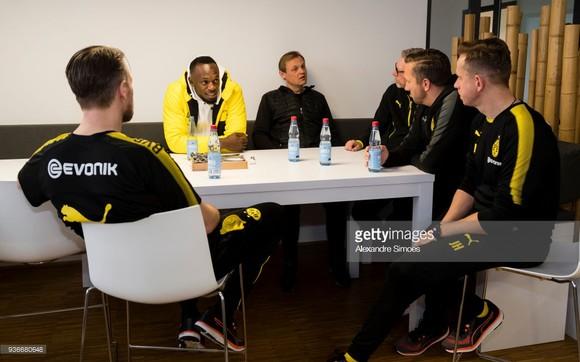 Usain Bolt: Đang tập luyện cùng Borussia Dortmund trong ngày hôm nay ảnh 5