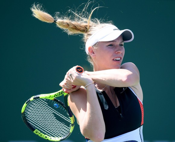 Wozniacki tố bị dọa giết trong trận thua Puig