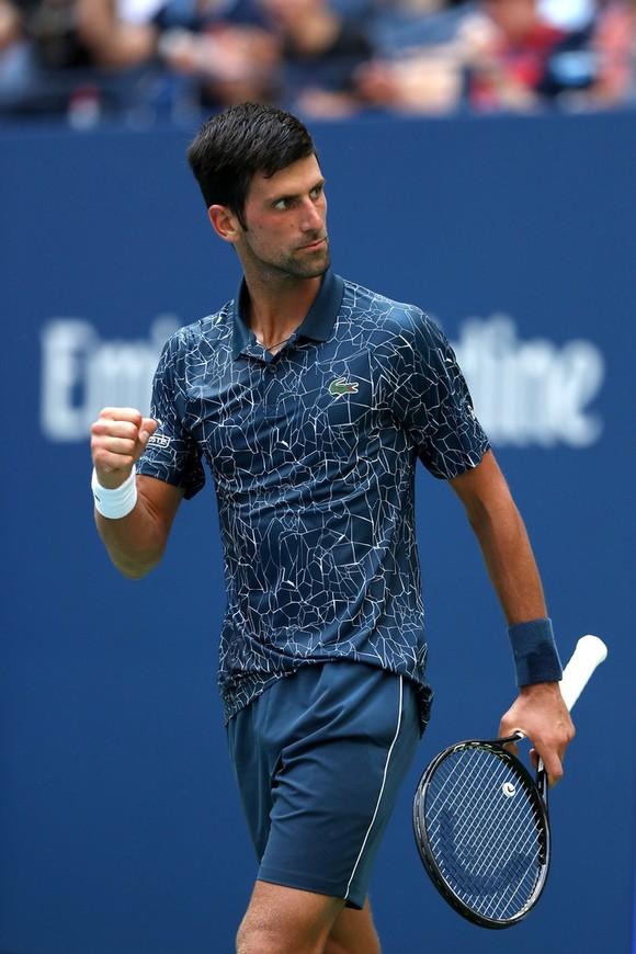 US Open 2018: Federer bay, còn Djokovic phải nhảy qua rào cản đầu tiên ảnh 1