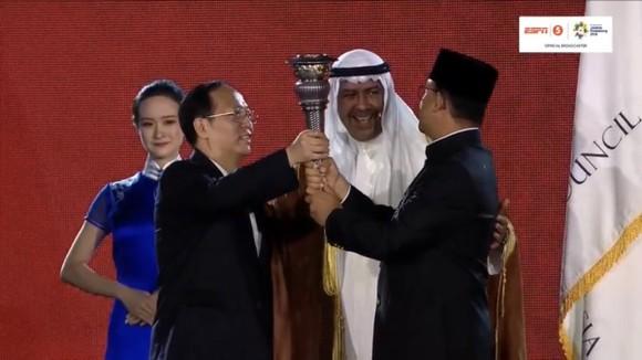 Lễ bế mạc Asiad 2018: Ngập tràn sắc màu về một châu Á đoàn kết và thống nhất ảnh 8
