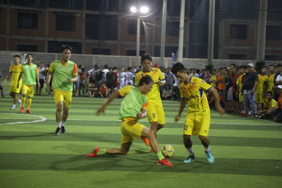 """Vắng Hạnh """"balo"""", Coach Trung Núi gặp khó ở chung kết đồng hương Huế ảnh 1"""