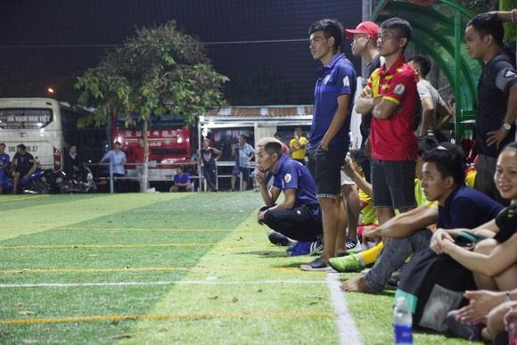 """""""Coach quốc dân"""" Louis Nguyễn: Phận HLV đa đoan và tâm tư cùng Nghiêm Phạm Holdings trước VCK SPL - S3 ảnh 3"""