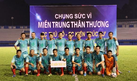 FC Thủ Đô - FC Kiến trúc sư: Trận cầu thiện nguyện nghĩa tình hướng về miền Trung thương yêu ảnh 6