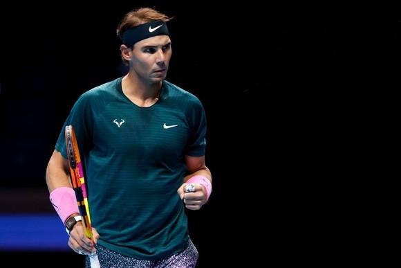Nadal thắng trận mở màn