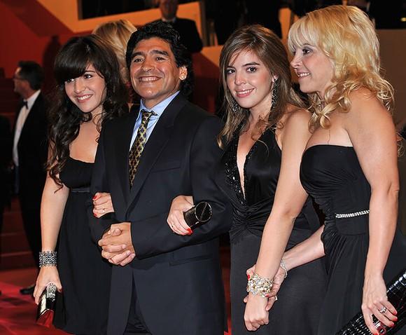Maradona và người thân