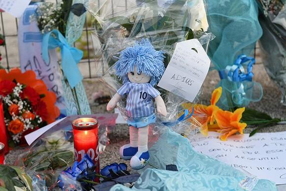 Thành Naples và CLB Napoli tiễn đưa Diego Maradona bằng sự kiện tưởng niệm đầy xúc động ảnh 10