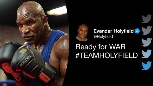 """Evander Holyfield: Kẻ bị Mike Tyson cắn tai cũng sẽ quay lại sàn đài, đấu với """"Quý ông"""" Glenn McCrory ảnh 1"""