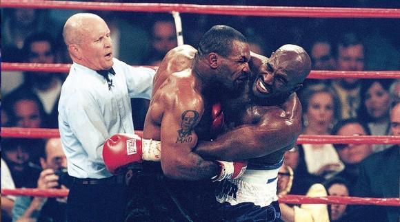 Trận Mike Tyson vs Roy Jones kiếm được 50 triệu USD từ PPV, các cựu quyền thủ sôi sục quay trở lại ảnh 3
