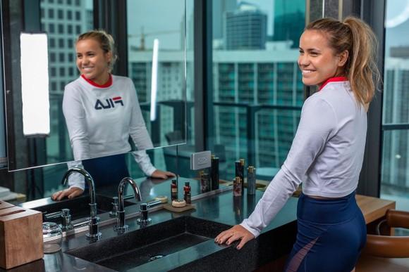 ĐKVĐ Australian Open - Mỹ nhân gốc Nga Sofia Kenin: Không được TFM gia hạn hợp đồng, vẫn tươi tắn chuẩn bị mùa giải mới ảnh 3