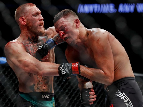 """""""Gã điên Ailen"""" Conor McGregor: """"Mỏ vàng"""" của UFC, kiếm 516 triệu USD bản quyền truyền hình sau... 7 năm ảnh 5"""