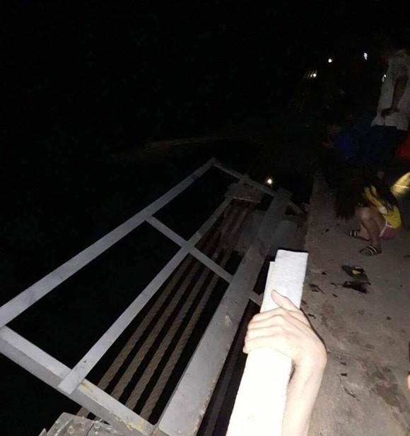 Ô tô lao xuống sông trong đêm, 5 người thiệt mạng ảnh 1