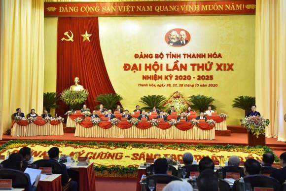 Chủ tịch Quốc hội Nguyễn Thị Kim Ngân: Xây dựng Thanh Hóa phát triển toàn diện, ngày càng giàu đẹp, văn minh ảnh 3