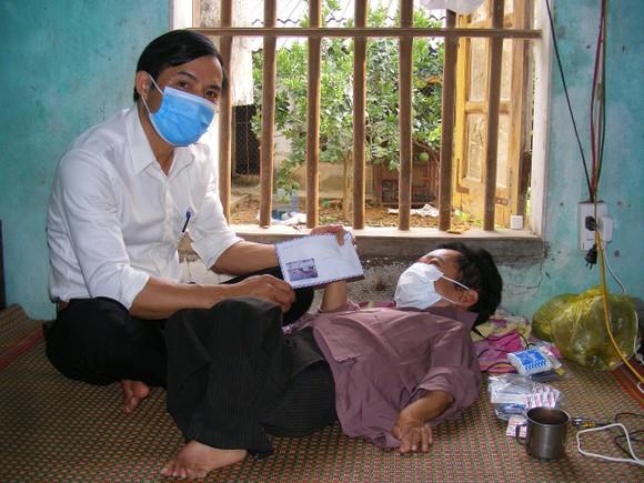 Báo Sài Gòn Giải Phóng trao quà cho hoàn cảnh khốn khó tại Thanh Hóa ảnh 1