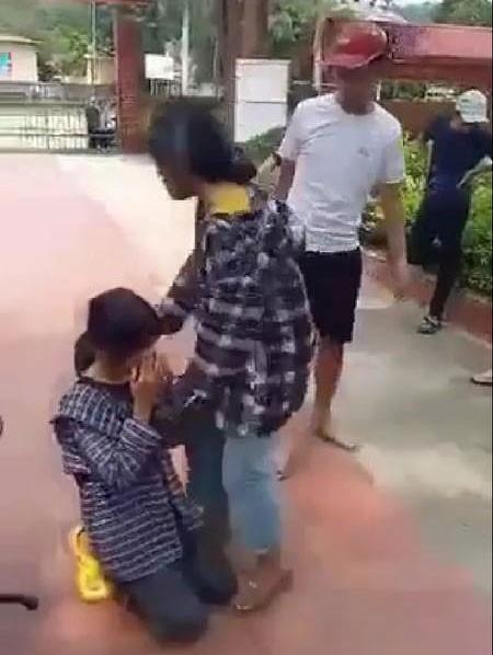 Thanh Hóa: Nữ sinh bị hành hung, bắt quỳ gối giữa sân trường ảnh 1