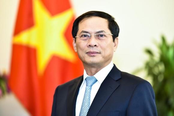 外交部部長裴清山