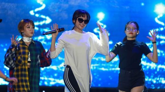 Gala trao giải Quả bóng Vàng Việt Nam 2018: Hồi hộp trước giờ công bố ảnh 4