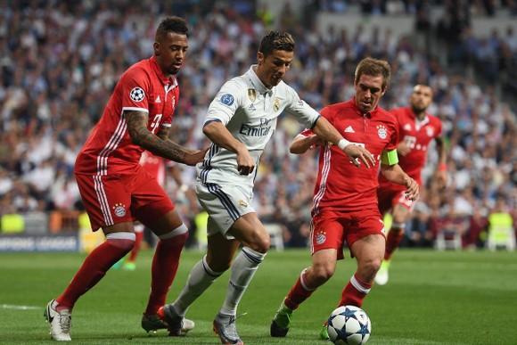 Ronaldo trong trận Real thắng Bayern 4-2