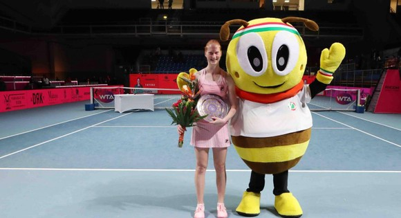 Miami Open: Barty là tay vợt thứ 14 đăng quang ở WTA Tour mùa này ảnh 11