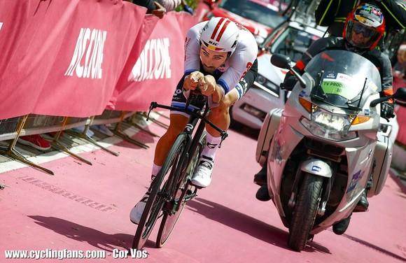 Giro d'Italia: Roglic phản công ngoạn mục, tiến chiếm ngôi hạng 2 ảnh 2