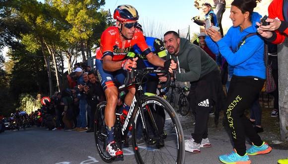 Giro d'Italia: Simon và Nibali tiếp tục tấn công, Carapaz nới rộng khoảng cách với Roglic ảnh 2