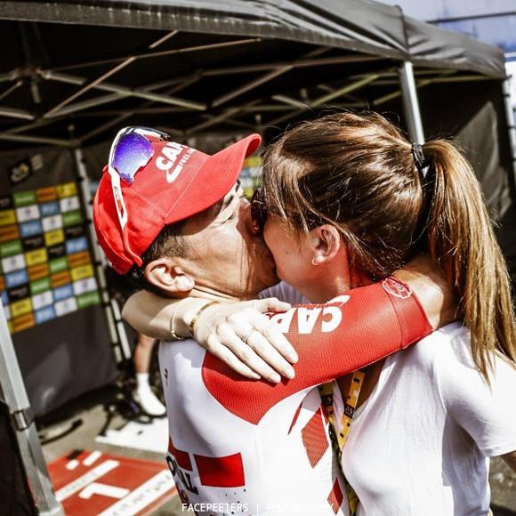 Tour de France: Ewan lần thứ 2 thắng chặng, Alaphilippe vẫn giữ cách biệt ảnh 3