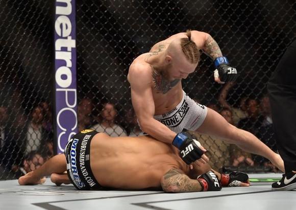 UFC: Mặt dày đòi tái chiến Khabib, McGregor bị cả thiên hạ xem thường ảnh 5