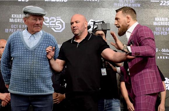 """UFC: Xếp dưới cả """"Nữ chiến binh"""" Nunes, McGregor vẫn hẹn quay lại vào tháng 12 ảnh 3"""