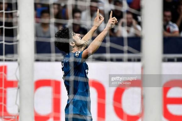 """""""Messi Iran"""" lập cú đúp vào lưới tuyển Việt Nam ở Asian Cup ghi bàn mở màn Champions League ảnh 3"""