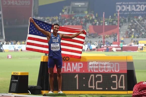 Giải điền kinh thế giới 2019: Cú hattrick của người Mỹ - 5m97, 19 giây 83 và 1 phút 42 giây 34 ảnh 3