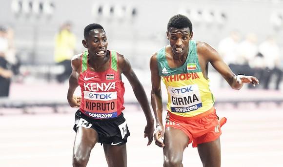 Giải điền kinh thế giới 2019: Muhammad phá kỷ lục thế giới 400m rào, người Mỹ lại sướng rơn ảnh 4