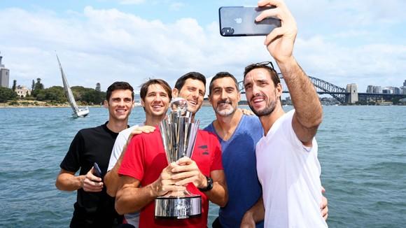 ATP Cup: Thắng 19 ván liên tiếp trên sân cứng trước tay vợt sở hữu 19 Grand Slam, Djokovic lên ngôi ảnh 4