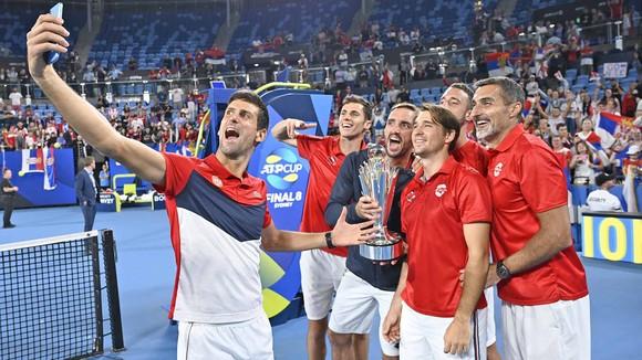 ATP Cup: Thắng 19 ván liên tiếp trên sân cứng trước tay vợt sở hữu 19 Grand Slam, Djokovic lên ngôi ảnh 3