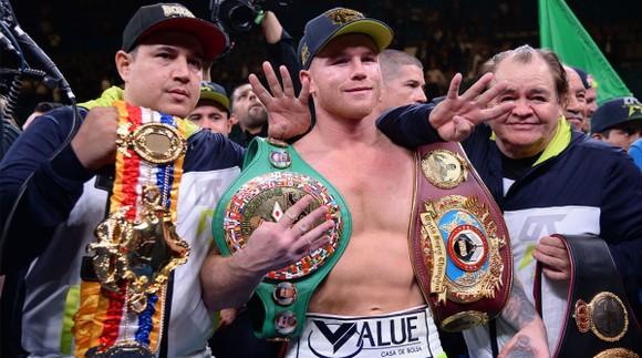 Canelo là nhà vô địch 4 hạng cân khác nhau