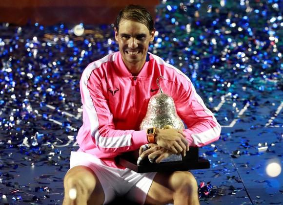 Djokovic trấn áp quần hùng ở Dubai, Nadal tái chinh phạt Acapulco ảnh 1