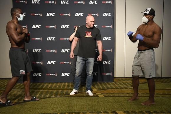 """UFC 249: """"Cá sấu Mỹ"""" Ronaldo Souza dương tính với virus corona, buộc phải rút lui khỏi sự kiện ảnh 1"""