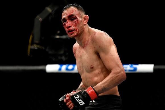 """UFC 249: Quyền trái, quyền phải của """"The Highlight"""" lật đổ tượng đài """"Ông kẹ Mỹ"""" Ferguson ảnh 1"""