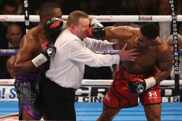 """Trận Dillian Whyte vs Alexander Povetkin bị lu mờ bởi mối thâm thù giữa """"Quái hiệp"""" và Anthony Joshua """"cơ bắp"""" ảnh 2"""
