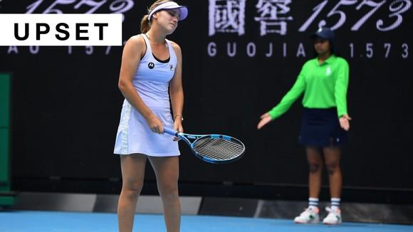 """""""Mỹ nhân"""" Sofia Kenin ngậm ngùi trở thành nhà cựu vô địch Australian Open ảnh 1"""