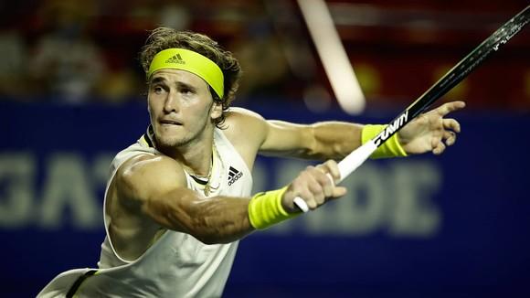 """Zverev đã """"tả xung hữu đột"""" suốt từ cuối mùa trước đến giờ, nhưng vẫn xếp sau Federer"""