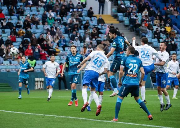 """""""Messi Iran"""" Sardar Azmoun: Thăng hoa cùng Zenit St Petersburg, sắp vô địch RPL lần thứ 3 liên tiếp ảnh 4"""