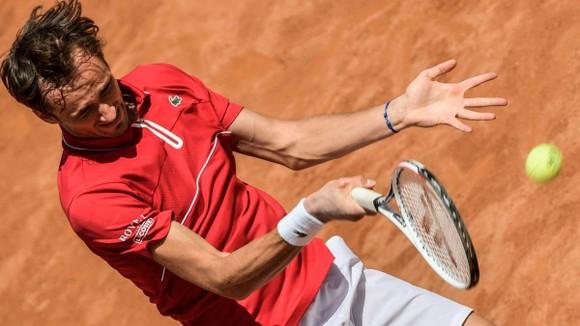 """Italian Open (Romr Masters): Karatsev hạ Medvedev trong """"nội chiến Nga"""", Nadal khởi động tham vọng """"thập toàn thập mỹ"""" ảnh 1"""