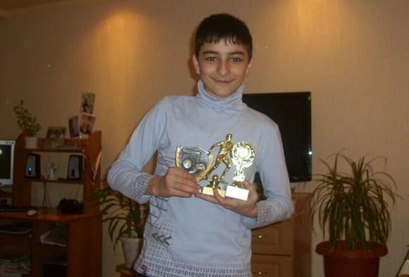 Arsen Zakharyan: Yêu thích Cristiano Ronaldo, nhưng chơi bóng giống… Igor Dobrovolsky ảnh 1