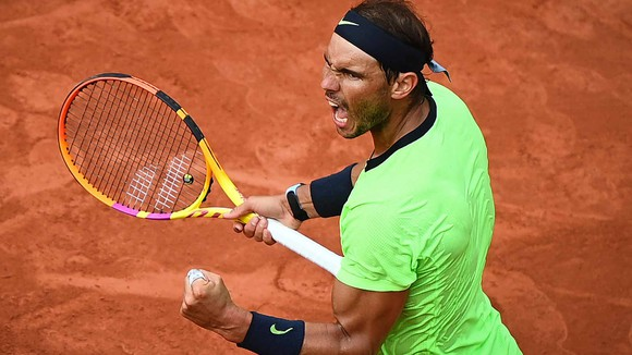 Roland Garros: Federer cách Djokovic đúng 1 trận thắng, Nadal lập cột mốc mới ảnh 3