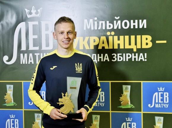 Zinchenko được bầu làm cầu thủ xuất sắc nhất trong trận Ukraine - Đảo Cyprus 4-0