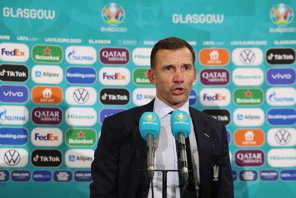 HLV Andriy Shevchenko: Mọi thứ đều hoàn hảo, các chàng trai sẽ chiến đấu với người Anh vì Besedin ảnh 1